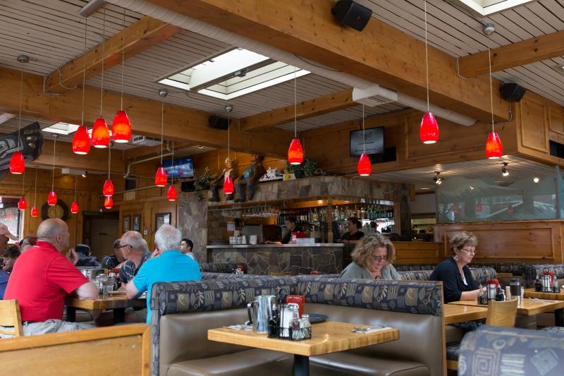 Troll S Restaurant White Rock Bc